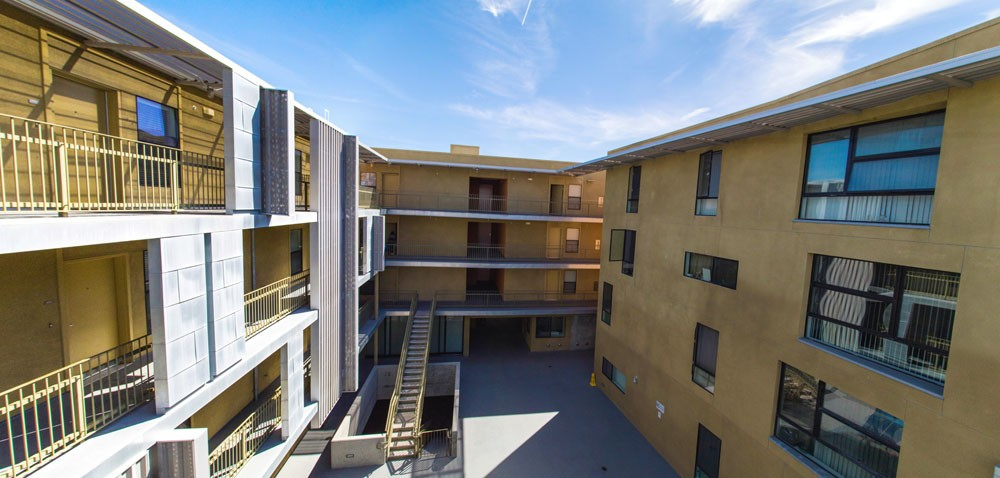 1424 Broadway Apartments