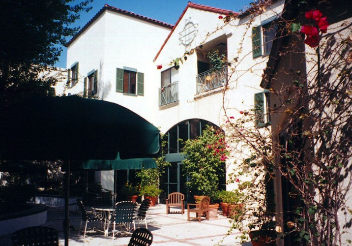 Avalon Courtyard Senior Housing